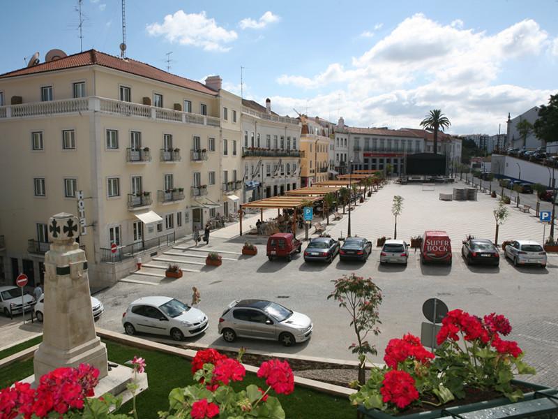 Remodelação da Praça 5 de Outubro